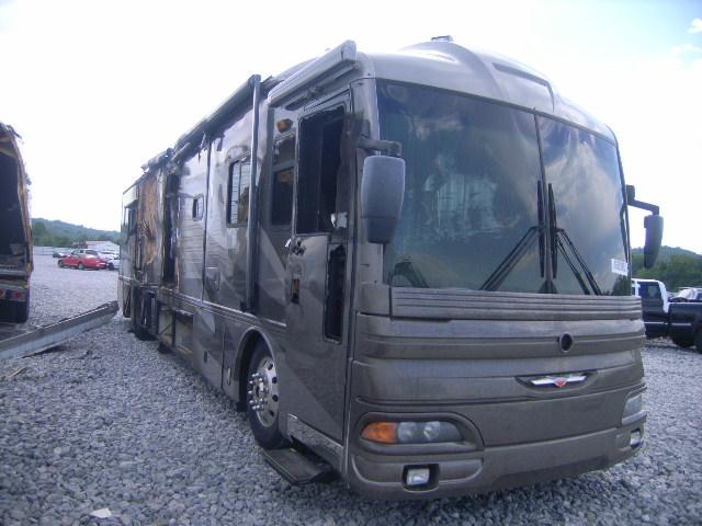 2003 Fleetwood American Tradition Salvage Motorhome Used