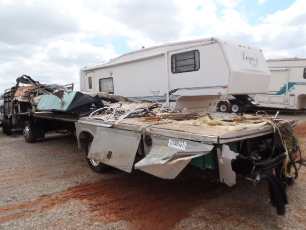 Used Chevy Motors 2002 Fleetwood Bounder Motorhome RV Salvage Parts For Sale ...
