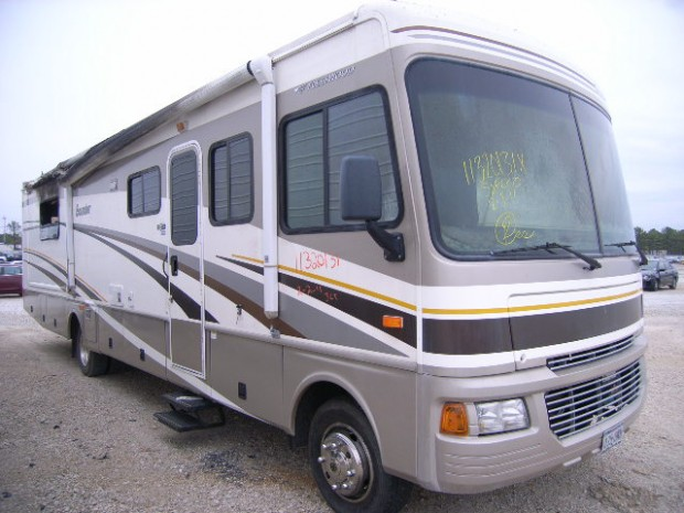 2005 Fleetwood Bounder Motorhome Salvage Parts Colaw Rv
