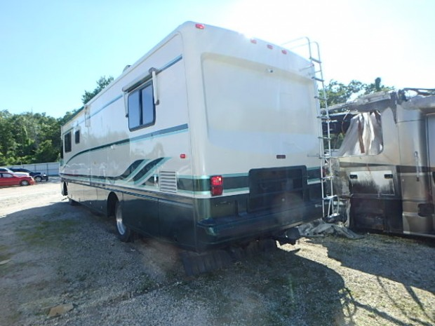 1996 HOLIDAY ENDEAVOR DIESEL MOTORHOME USED SALVAGE PARTS FOR SALE