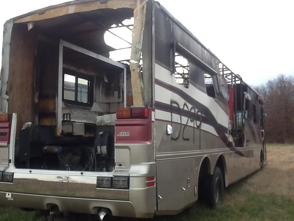 2002 Fleetwood American Eagle Motorhome Used Salvage Parts