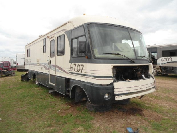 1997 FLEETWOOD PACE ARROW SALVAGE MOTORHOME USED PARTS