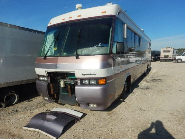 1995 Monaco RV Parts SIGNATURE SERIES Motorhome Salvage Unit